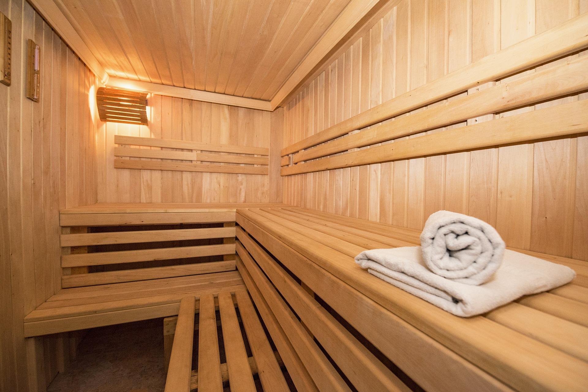 sauna espace détente - vertical'art toulon - salle d'escalade de bloc espace détente