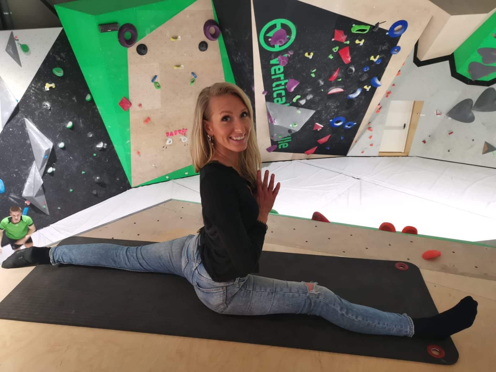 yoga, salle de fitness Vertical'Art Toulon salle d'escalade de bloc restaurant et bar