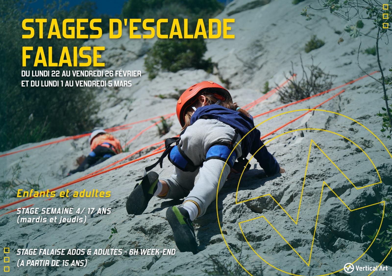 Stages d'escalade falaise pendant les vacances d'hiver à Vertical'Art Toulon. Réservez vite, les places sont limitées !